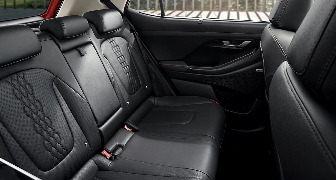 creta su2 design interior black orange pack pc