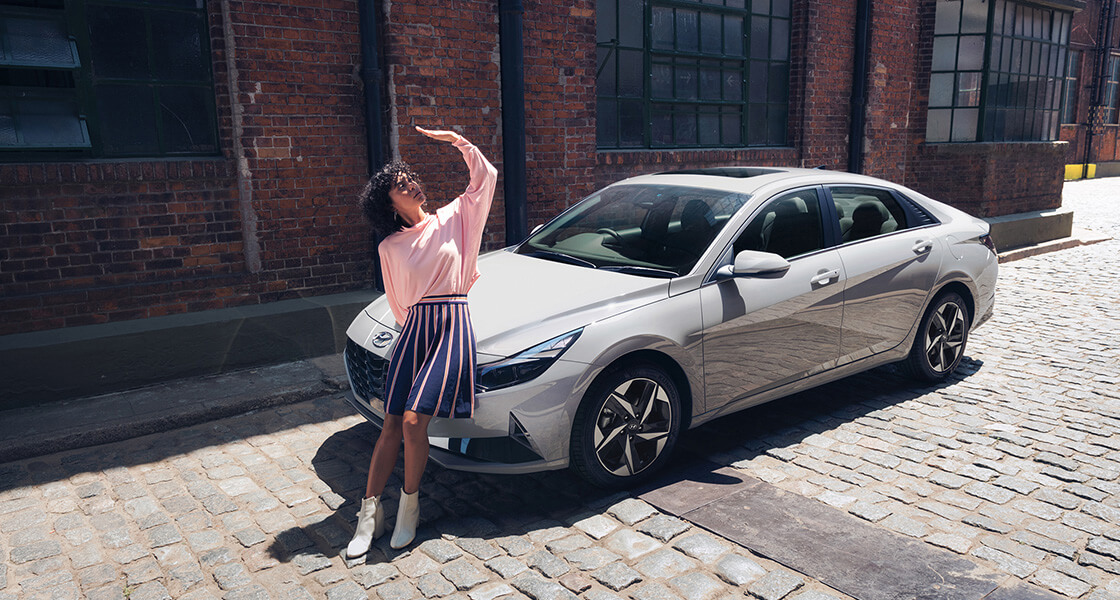 elantra-cn7-highlights-bring-the-limelight-to-you-pc