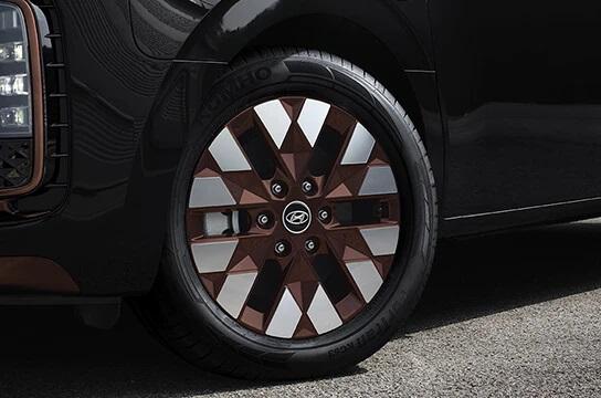 staria us4 premium 18 tinted brass alloy wheels original